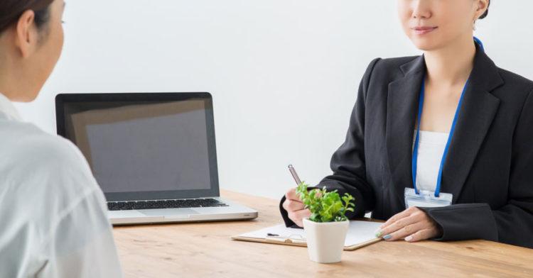 シングルマザーは転職サービスや派遣会社を使うと、仕事が決まりやすくなる理由とは?